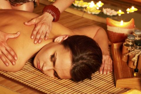Spa-программы с массажем для одного или двоих в клубе «Милый»: «Восточный рай», «Родной Тай», «Гавайская экзотика» или фирменная spa-программа. Скидка до 78% от КупиКупон