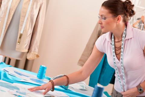 Мастер-классы и курсы по пошиву одежды, стилю и визажу в академии стиля и дизайна Victoria Taylor. Максимум практики! Скидка до 63% от КупиКупон