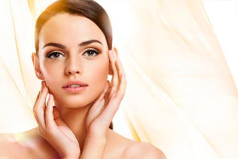 10-этапная комбинированная чистка лица Comodex от Cristina, биоревитализация лица, шеи и зоны декольте, мезотерапия лица, области вокруг глаз и волосистой части головы в салоне красоты Frappe. Скидка до 72%