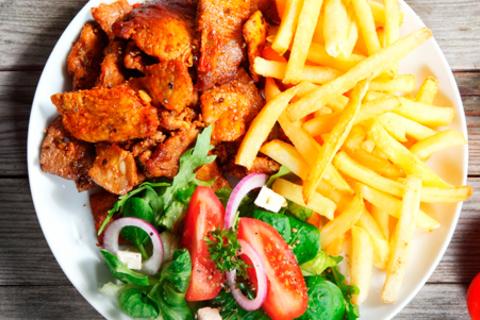 Всё меню и напитки в ресторане Gourmania: блюда на мангале, холодные и горячие закуски, паста, вкуснейшие десерты и многое другое! Скидка 50%