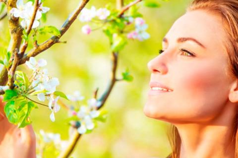 Аппаратная фракционная наномезотерапия лица, шеи, зоны декольте или области вокруг глаз в «Центре здоровья» со скидкой до 82%