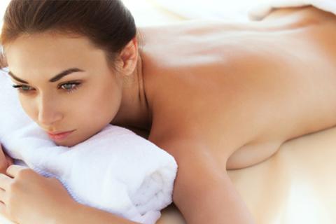 Spa-программа «Бьютек», «Бьютек-Relax», «Бьютек-Relax+» или Relax-Esthetic с массажем, пилингом, обертыванием и другими процедурами в салоне эстетики Beautech. Скидка до 74%