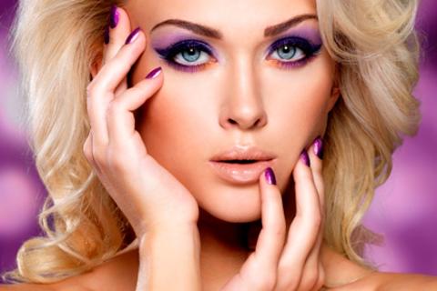 Профессиональный макияж на выбор и авторский курс или индивидуальное занятие «Сам себе визажист» от визажиста Тюменцевой Веры. Скидка 70%
