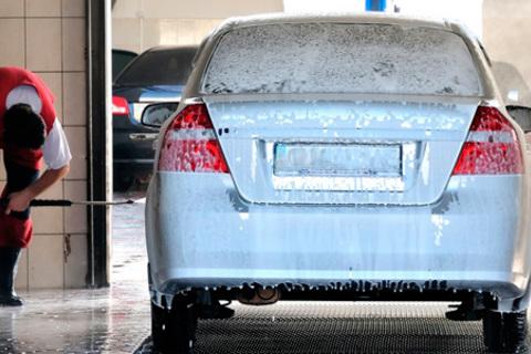 Комплексная мойка автомобиля в автомойке на Славянской: 1, 3 или 5. Скидка до 60%